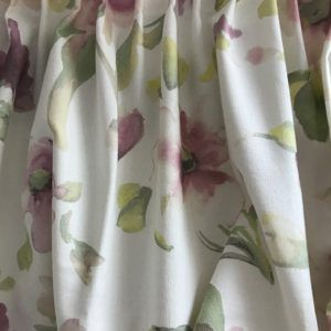 Купить портьеры с цветами в зал или спальню