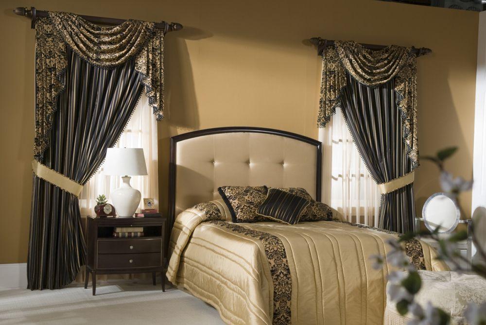 Оригинальные шторы с ламбрекеном в спальню